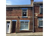 Lovely 2 bed property in Close House. NO BOND LOW FEES DSS WELCOME