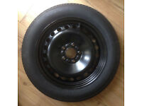 Ford C-Max space saver wheel with accessories