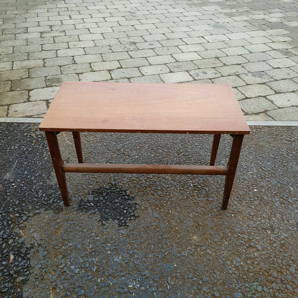 Small wooden side/coffee table