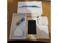 IPhone 5 White 64GB Unlocked to all network Condition is Immaculate with no Scratches