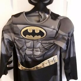 BATMAN Costume Age 7-8yrs ***Like NEW***
