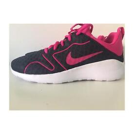 NEW Nike Kaishi 2.0 SE UK 5. Womens Trainers
