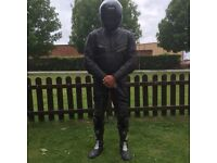 2/Piece 1/Piece Richa Motorcycle Leathers, Jacket, trousers, Richa Gloves, Sidi Boots
