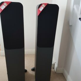 Q acoustics 3050 , unmarked, perfect condition