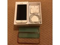 Apple iPhone 6, Gold unlocked and in as new condition