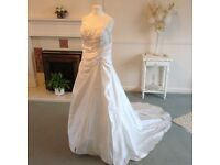 Display only wedding dress 10/12