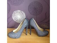 New with tags..Dorothy Perkins glitter heel shoes..size 3