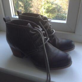 Women's Timberland Earthkeepers shoe boots