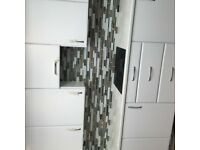 Experienced wall&floor tiler avalible, ceramics, porcelain , natural stone , mosaic etc.