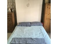 Lovely room available in Herne/Tulse Hill Zone 2!