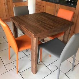 Excellent Condition Right Hand Side Corner Dining Set With Oak
