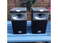 Jamo X530 speakers
