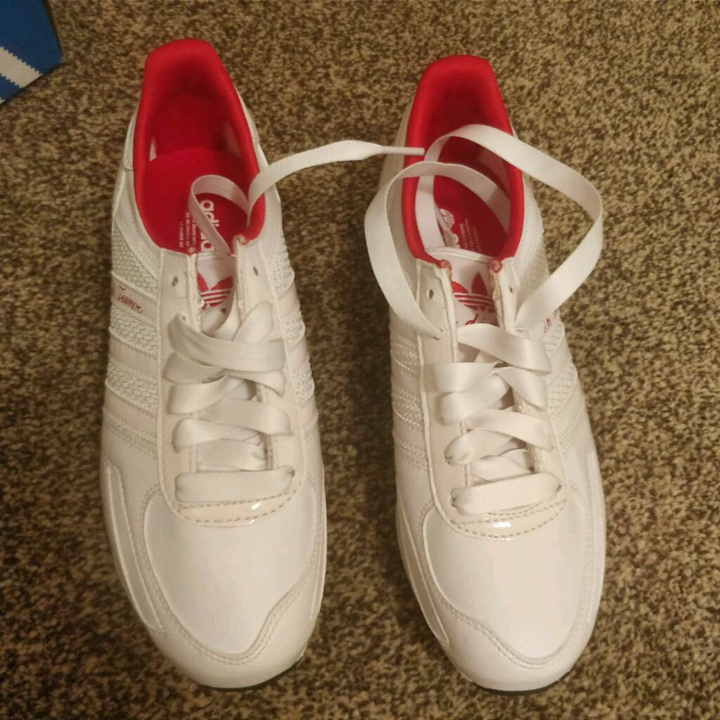 adidas ladies trainers size 4