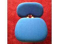 Kneeling posture seat