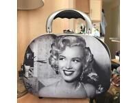 NEW Marilyn Monroe Cosmetics Case makeup travel