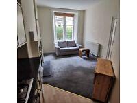 1 bedroom flat in Comiston Terrace, Edinburgh, EH10 6AJ