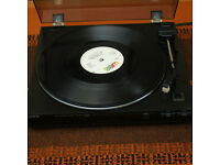 Sony fully automatic Turntable in good condition and working fine