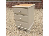 Bedside Drawers painted in Annie Sloan's Country Grey