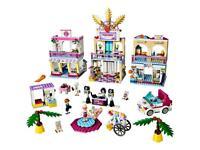 Heartlake Lego friends shopping mall-retired