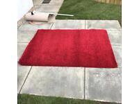 Red slumber rug