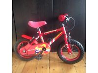CHILDRENS BIKE – WITH REMOVABLE STABILISERS