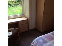 Double Room available - Newington (bills included)