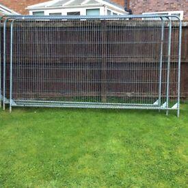3 new Arris security fence panels etc.