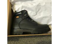 NEW Site safety boots size 10