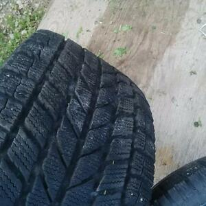 p225 50 R16 winter tire Kitchener / Waterloo Kitchener Area image 1