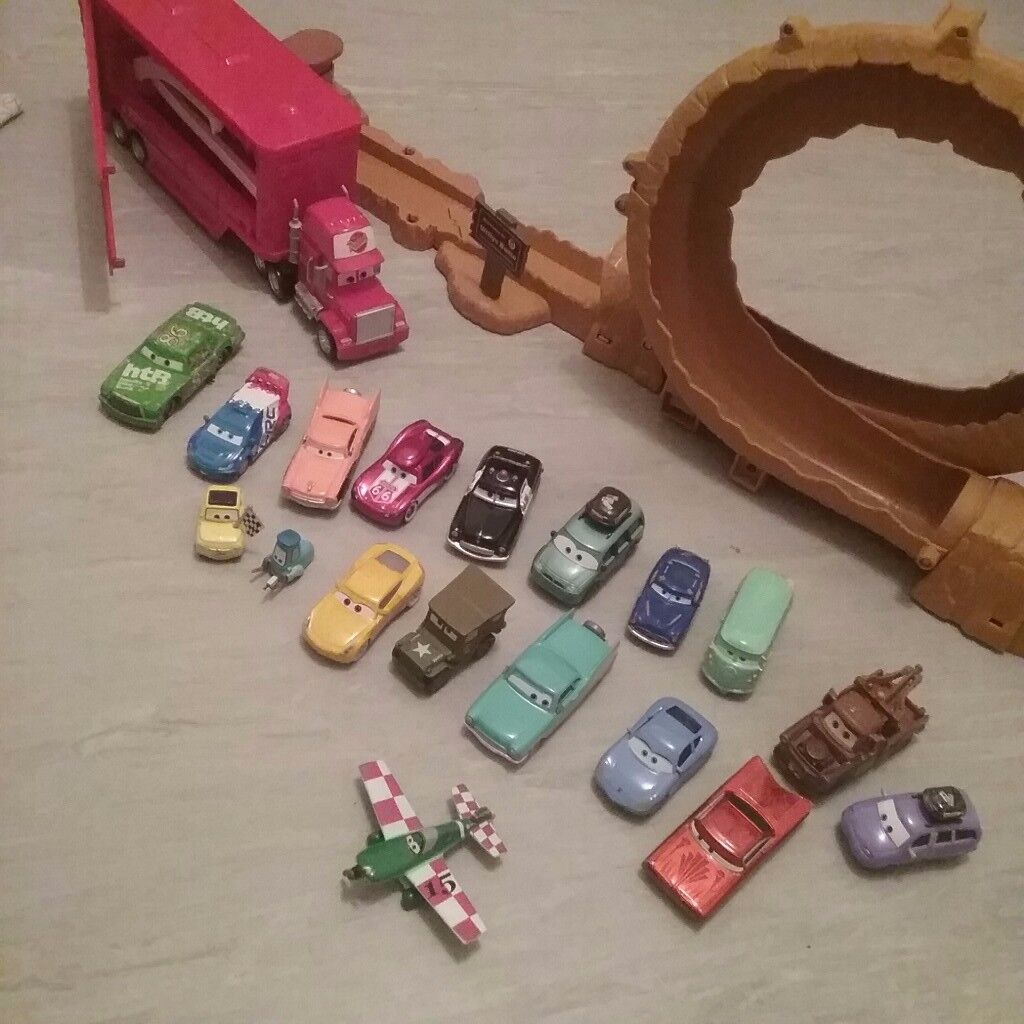 Carz mcqueen.. hardly played with