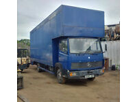 Mercedes Benz 814 7.5 Ton box lorry. 6 cylinder diesel engine.