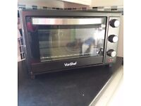 VonShef mini oven 30 litre. Excellent condition as used only once. Complete with instructions & box