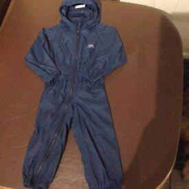 Trespass waterproof rain suit aged 2-3 yrs