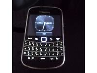 Blackberry Bold , Open to all networks