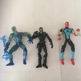 Various Spiderman figures