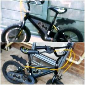 Child's Batman Bike! OPEN2OFFERS!
