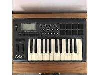 M-Audio Axiom 25 Semi-weighted Keyboard Mk1