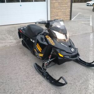2015 Ski-Doo MXZ 800 X -