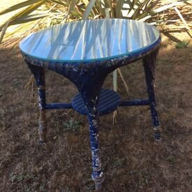 ROUND WICKER OCCASSIONAL TABLE--- lloyd Loom Type