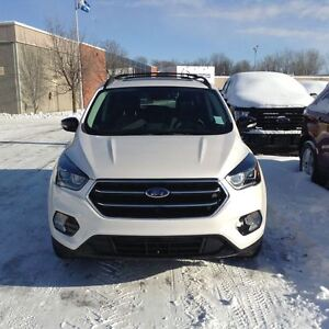 2017 Ford Escape Titanium 4X4  LOADED w/NAV, LEATHER BACKUP CAM