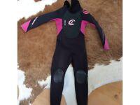 Children wetsuit age 5-7 xxs