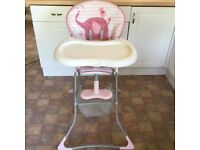 Highchair Graco in immaculate condition.