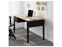 Wooden Desk - Black - 140 x 70 cm - in great condition