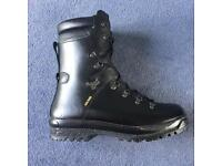 Brand New British Army Black Extreme Cold Weather Gore Tex Military Boots