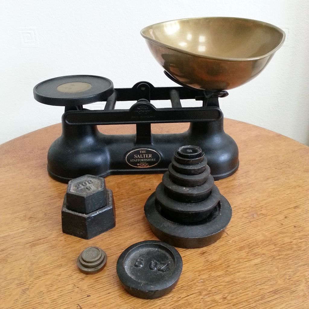 Traditional salter cast iron brass balance scales for Traditional kitchen scales