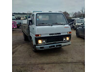 Left hand drive Toyota Dyna 300 / BU30 6 tyres 3.5 Ton truck. Low miles .MOT.