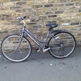 Ridgeback hybrid womens bike