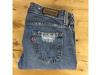 "Women's Levi's ""Jenny Lee"" Jeans 537 Square Cut Straight Leg W27 L30"