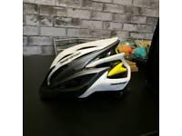 Boardman cycle / bike helmet