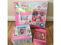 Brand new ELC Rosebud Village school, pet grooming parlour, Big Jigs Daisy wooden dolls house doll